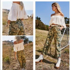NWT Free People Remy Camo Wide Leg Cropped Pants